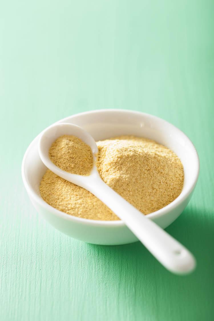 vegan protein nutritional yeast flakes